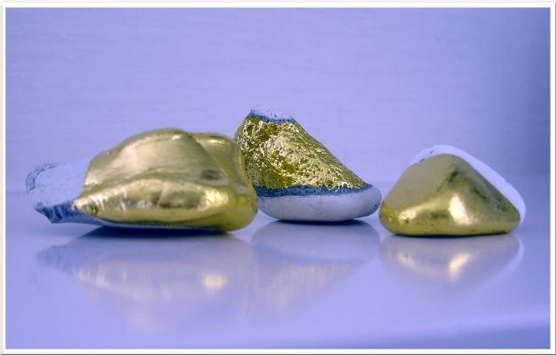 13-02-findlingeblattgold-ca